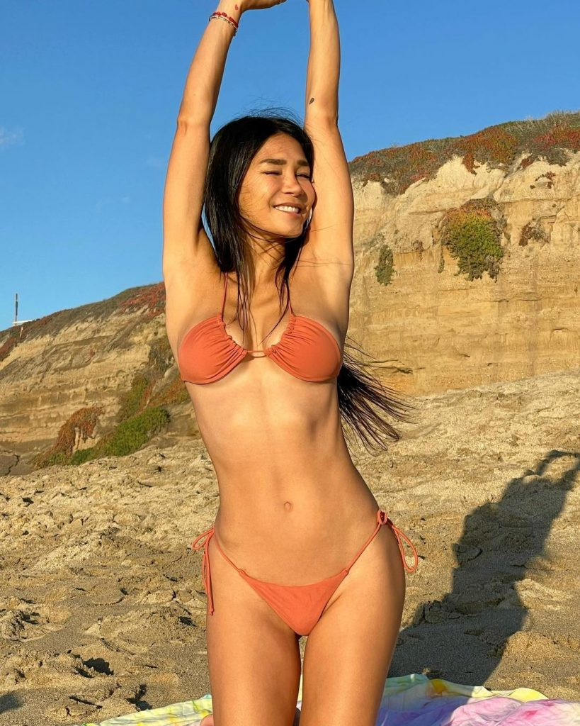 Joleen Diaz - The Hottest Mom on the Internet